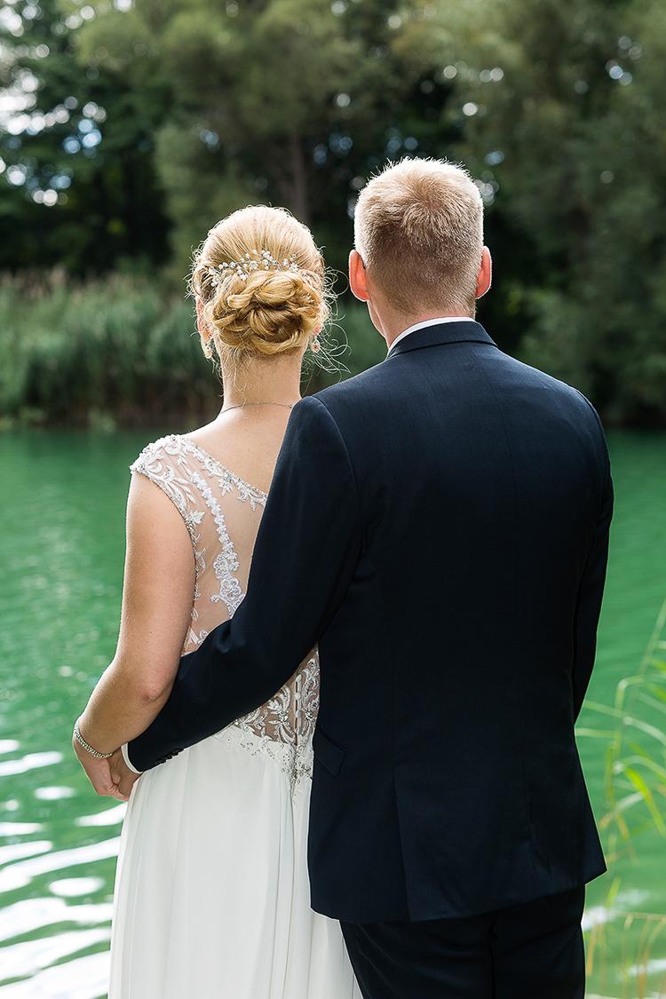 Modern gestaltete Hochzeitsbilder