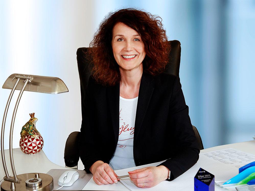 Businessfoto in Karlsruhe am Schreibtisch