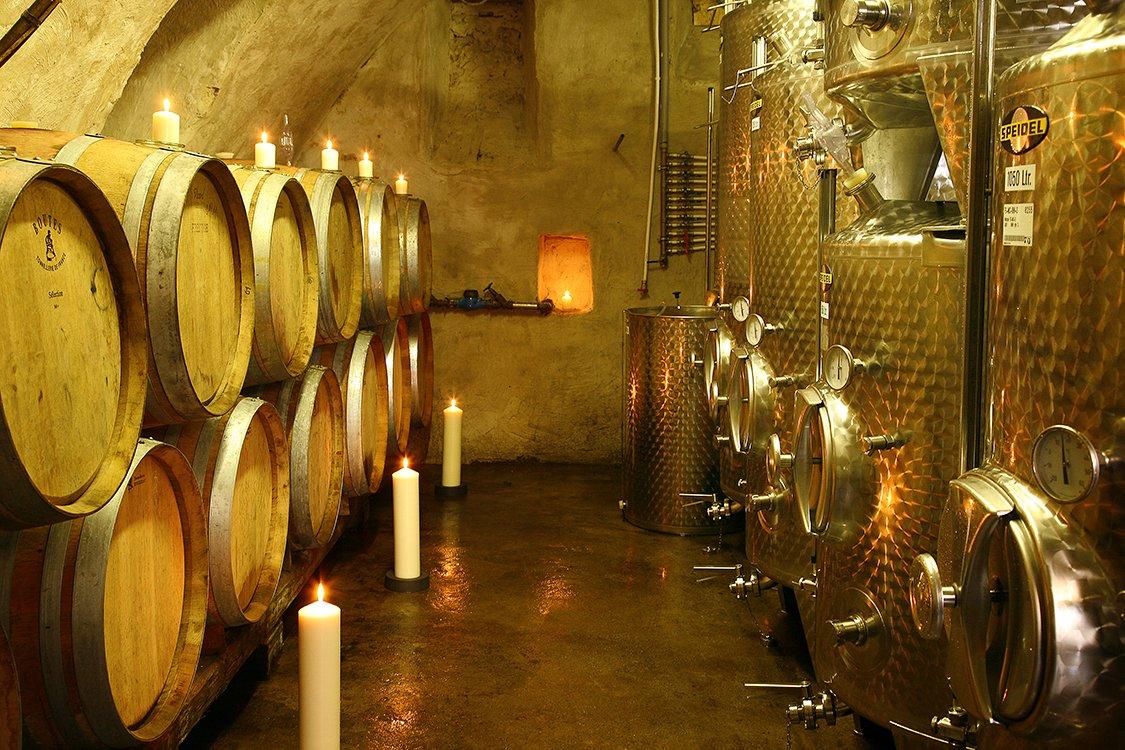 Werbefoto im Weinkeller
