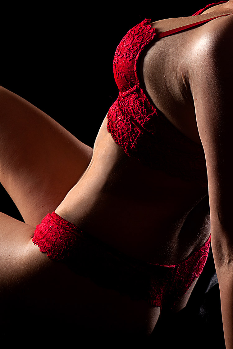 Fotoshooting Mainz Frau in roten dessous