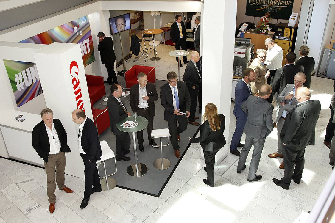 Messestand Canon