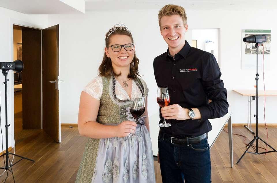 Die Breisgauer und Kaiserstuhl-Tuniberg Weinprinzessinnen im Fotoshooting