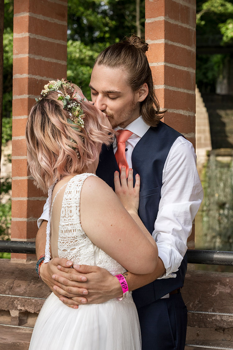 Kuss der Braut